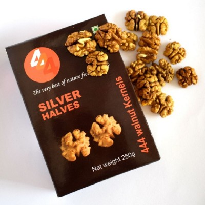 444 Kashmiri Walnut Kernels Silver Halves 1 KG (Pack of 4)